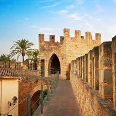 Cinta muraria ad Alcúdia - Maiorca