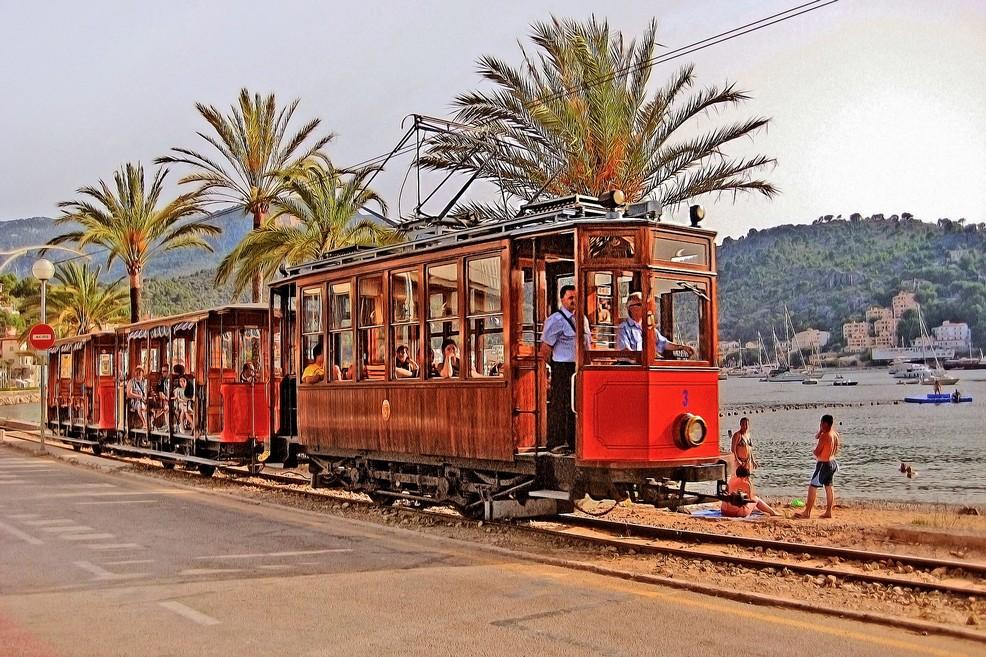 Il famoso tram storico a Sóller
